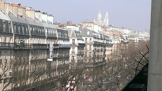 Hotel Magenta Paris: View from Hotel Magenta Room Fifth Floor