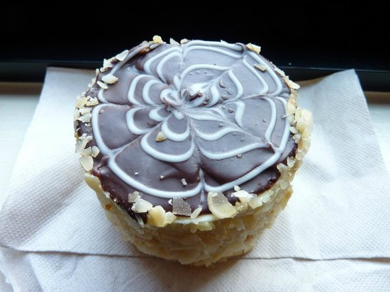 Omni Parker House: Yummy Boston Cream Pie