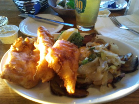 Lodi, WI: Traditional fish fry done perfectly