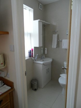 BEST WESTERN Chiswick Palace & Suites: Bathroom