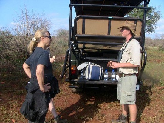 White Elephant Safari Lodge: safari