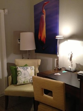 Almond Tree Inn: cozy room corner
