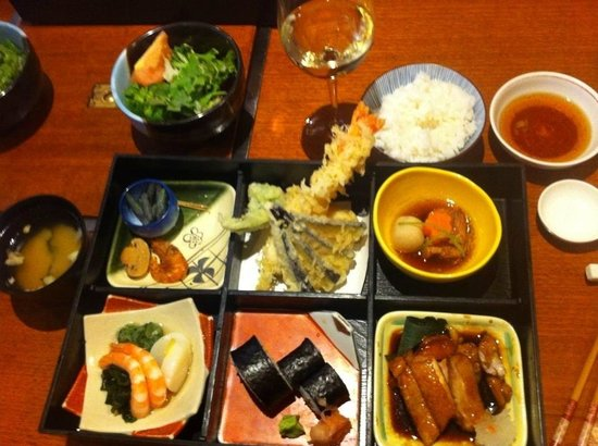 bento box lunch picture of sono japanese restaurant. Black Bedroom Furniture Sets. Home Design Ideas