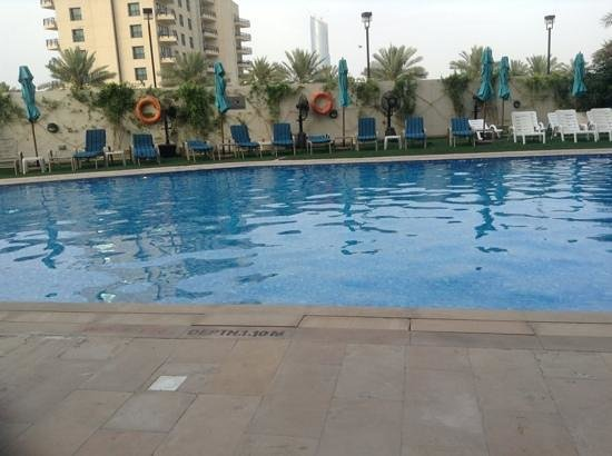 Arabian Park Hotel: pool at the hotel