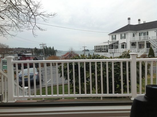 Greenleaf Inn at Boothbay Harbor: View from the front table in the common/ dining area