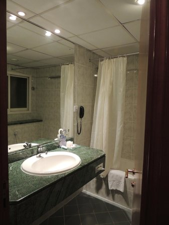 Regent Palace Hotel: Salle de bain