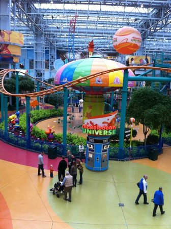 Jul 20,  · Nickelodeon Universe at the Mall of America in Bloomington, Minnesota is home to the second Euro-Fighter built in the USA & one of the smoothest.