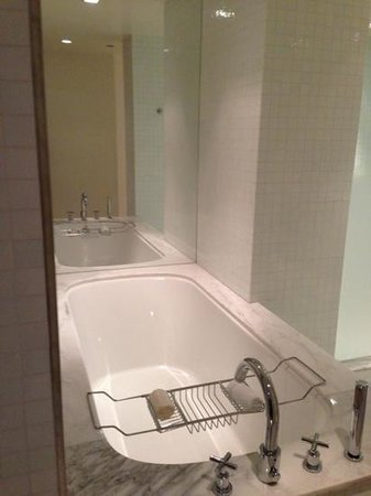 The London West Hollywood: bathtub