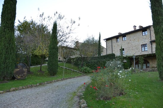 Borgo al Cerro: Main building with the office