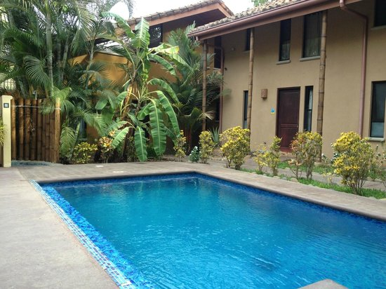 Tamarindo Yam: pool &amp; hotel