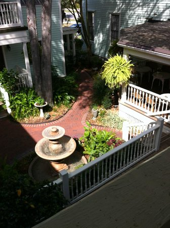 The Addison on Amelia Island: Beautiful view on courtyard from our room