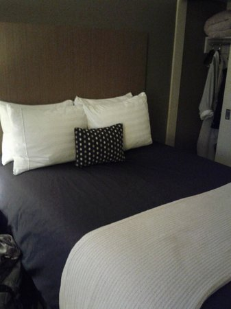 Hotel Fifty: Double Bed