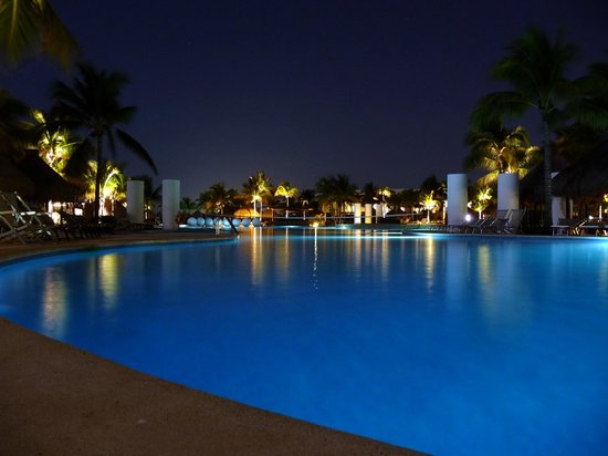 The Grand Mayan Riviera Maya: pool area at night