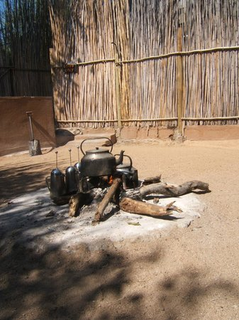 Umlani Bushcamp: Boma fire