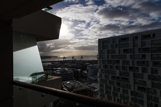Pullman Auckland: Breathtaking balcony view
