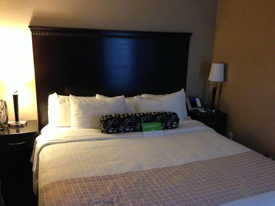 La Quinta Inn & Suites Seattle Downtown: Bed Room
