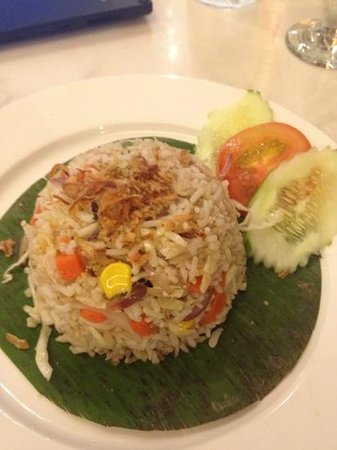 Silka Maytower Hotel & Serviced Residences: veg rice