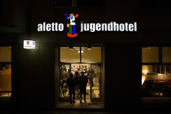 aletto Kreuzberg Youth Hotel: Hotel entrance
