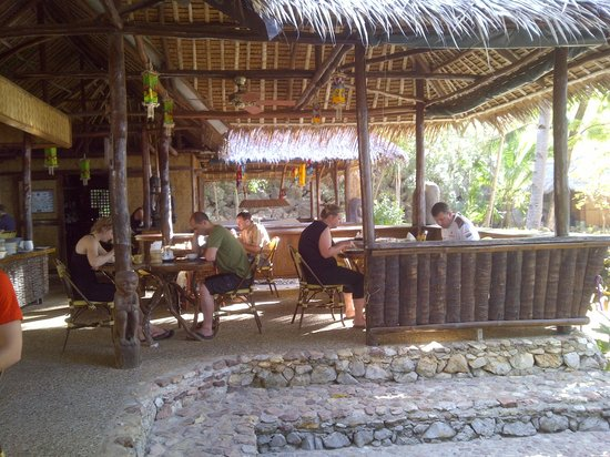Sangat Island Dive Resort: Restaurant area