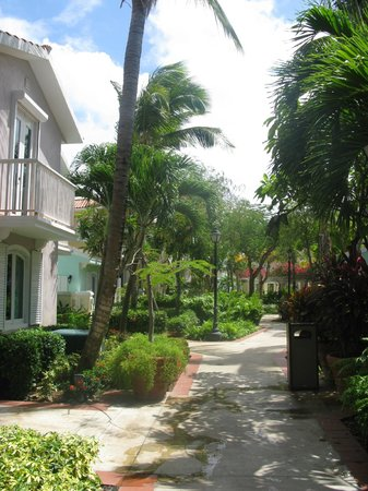 Las Casitas Village, A Waldorf Astoria Resort: gardens at the Casita