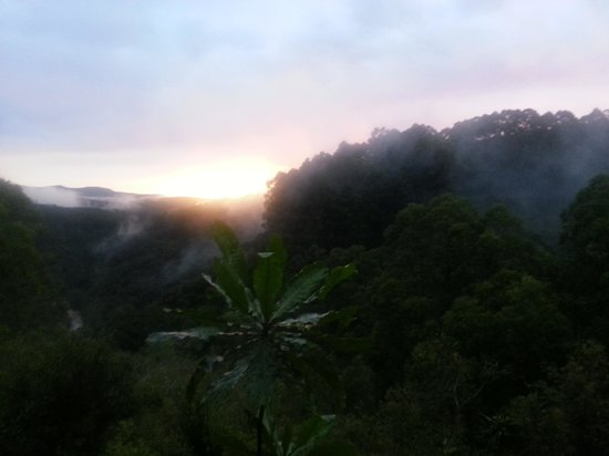 Sabie, Afrika Selatan: sunset with fog