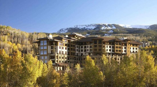Viceroy Snowmass: Exterior Summer Season