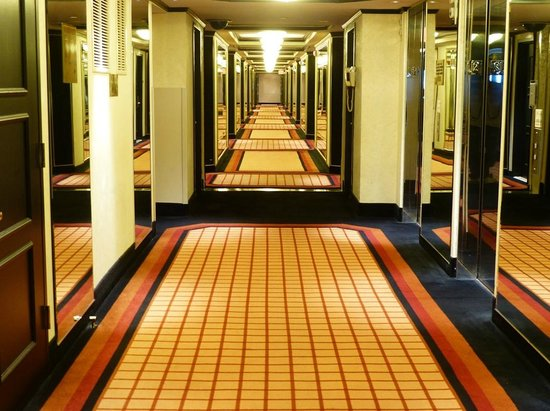 The Atlantic Club Casino Hotel: Hall Way