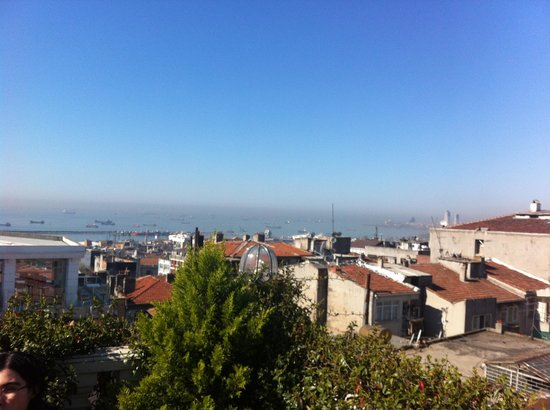Hotel Niles Istanbul: View from the rooftop terrace