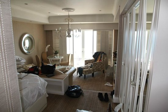 The Twelve Apostles Hotel and Spa: Room, sorry for the mess