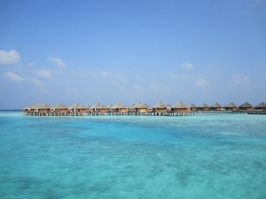 Baros Maldives: viw of the villas