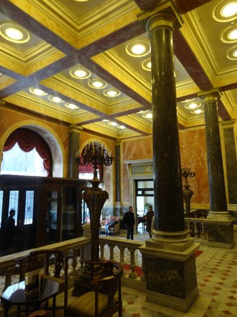 Pera Palace Hotel, Jumeirah : Hall de l&#39;htel 