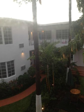 Tradewinds Apartment Hotel: View from the window in the bedroom