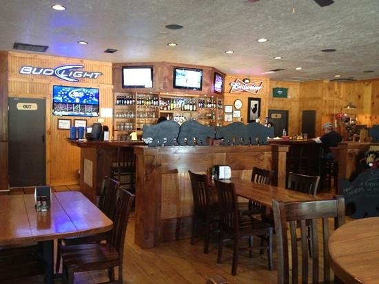 Cashiers, NC: Bar area at Bodacious Bear