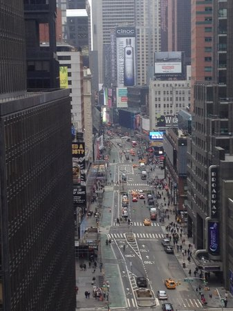 Dream New York: Balcony view of Times Square