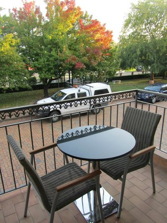BEST WESTERN PLUS Hovell Tree Inn: Balcony