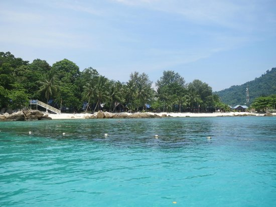 ‪‪Perhentian Island Resort‬: Clear water and beautiful sea‬