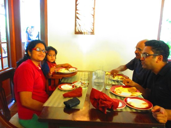 Club Mahindra Kodagu Valley: Breakfast area