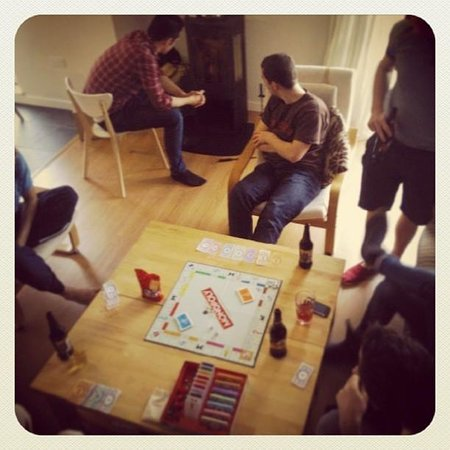 Gartocharn, UK: monopoly in the main living area with real fire