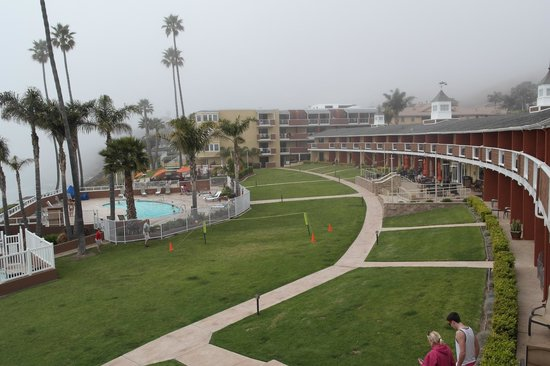 SeaCrest OceanFront Hotel: View from South Wing balcony