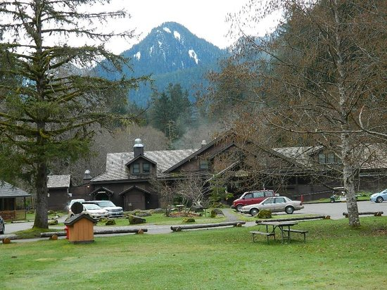 Sol Duc Hot Springs Resort: view of main lodge from our cabin