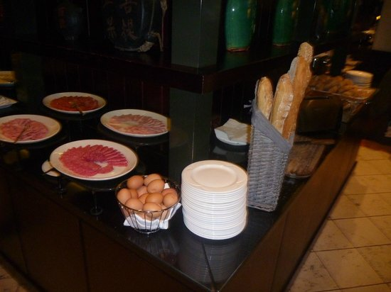 Tiara Park Atlantic Lisboa: Breakfast buffet