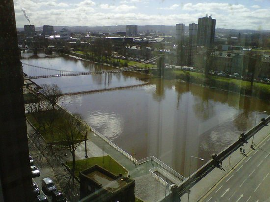 Jurys Inn Glasgow: view from corner room on tenth floor