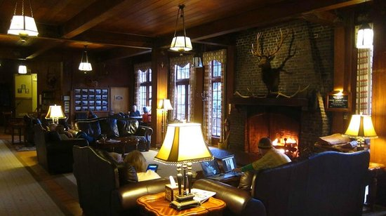 Lake Quinault Lodge: Main lodge