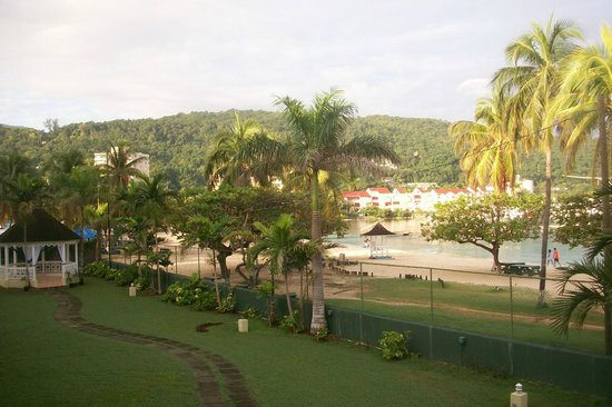 Rooms Ocho Rios : View of beach area from balcony 