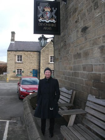 Devonshire Arms at Beeley: Outside