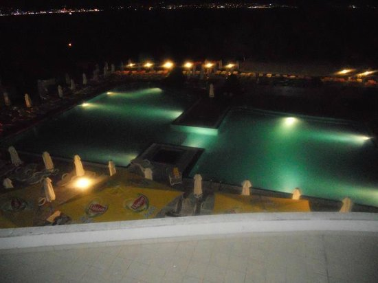 Festa Panorama: night time.. pool view
