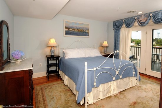 Chesapeake City, MD: Queen Anne Room