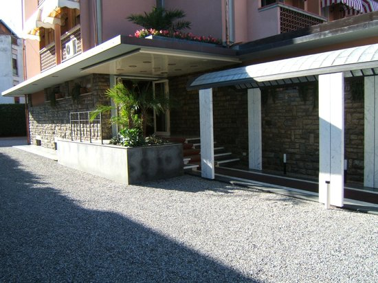Marina Di Massa, Italien: esterno hotel