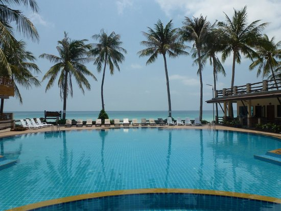 Phangan Bayshore Resort: Great pool though