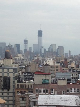Holiday Inn NYC - Manhattan 6th Avenue: View off down town Manhattan from 23rd Floor